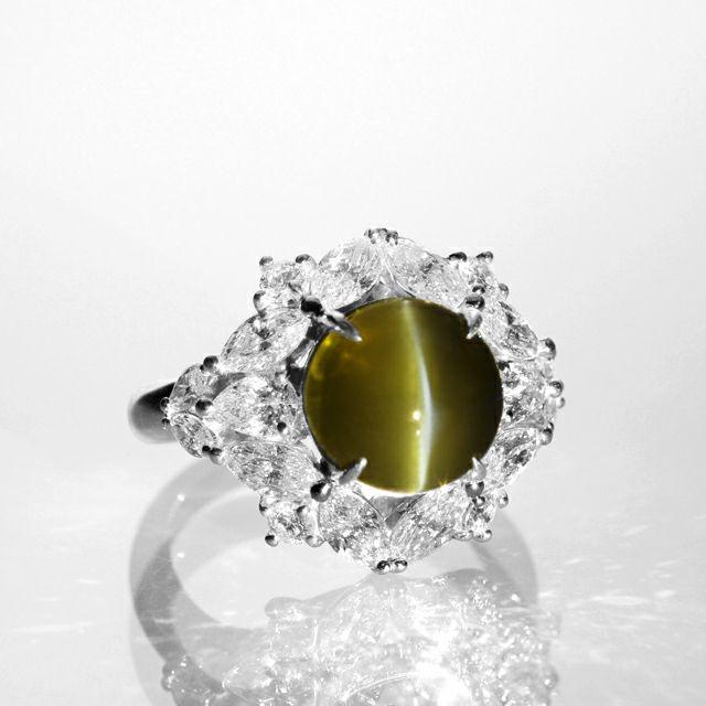em5073 クリソベリルキャッツアイ7.74ctプラチナリングダイヤ2.39ct付(GRSスイスラボ宝石鑑別書付)