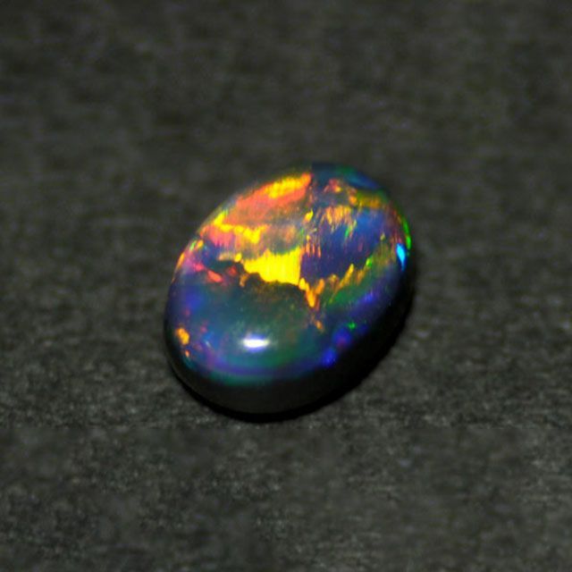 em4330 ブラックオパールカボションカット 0.94ct(中央宝石研究所宝石鑑別書付)