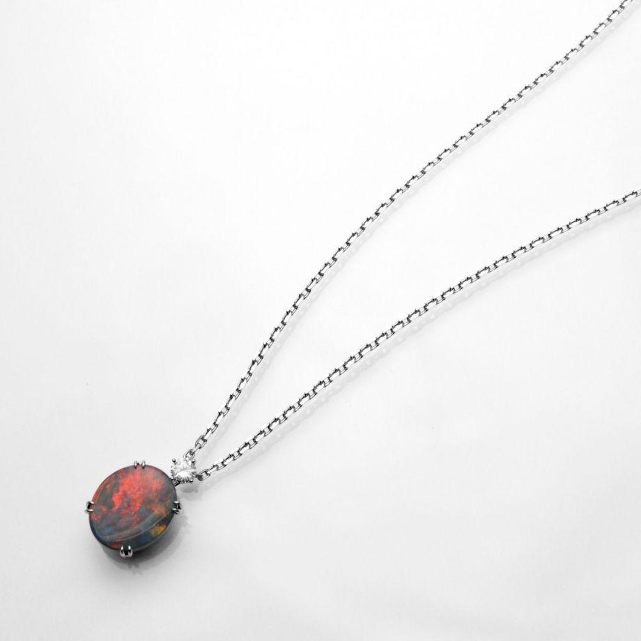 em6157-1 ブラックオパール5.71ctプラチナネックレスダイヤ0.25ct付(中央宝石研究所宝石鑑別書付)