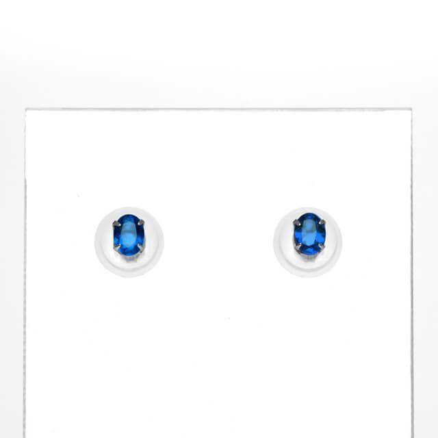 em7319 アウイナイトオーバルカットプラチナピアス0.06ct 0.06ct(中央宝石研究所宝石鑑別書付)